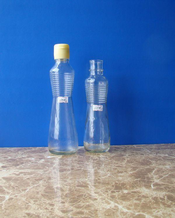 你知道玻璃瓶怎么贴商标吗?